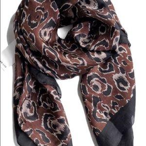 Chan LUU leopard print 100 % Silk Scarf